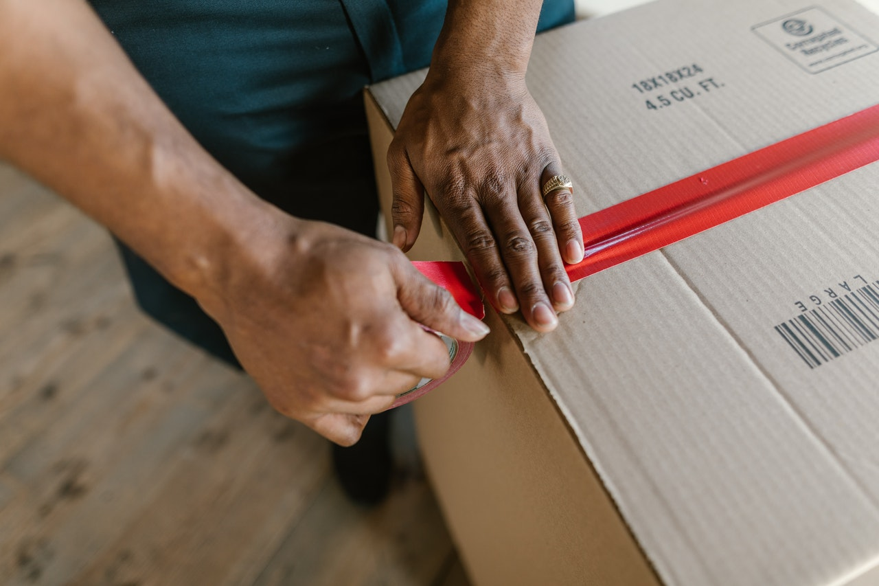 VALUABLE TECHNIQUES FOR MOVING ANTIQUES WITH PACKERS AND MOVERS